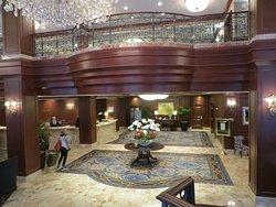 "The Impressive Lobby of the ""Omni San Francisco"""