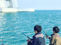 yacht fishing