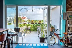 Peninsula Eatery & Bicycle Boutique