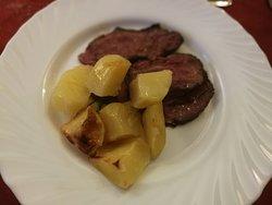 tagliata al rosmarino con patate