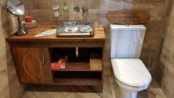 lotus room bathroom