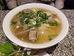 美味的越南牛肉河粉