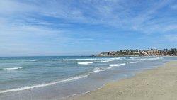 Hermosa vista de la playa de Los Molles.