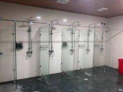 Khu tắm chung