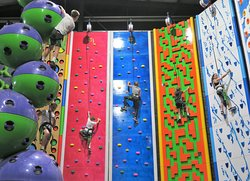 Get fit and have fun with the whole family at Clip 'n Climb Phillip Island.   Challenges varying in design and difficulty will keep everyone engaged from beginners to experienced climbers.