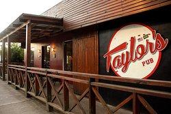 Venha conhecer o Taylor's Pub, localizado nas proximidades do Lago São Bernardo, aqui em São Francisco de Paula!