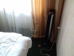 Эл.розетка у кровати