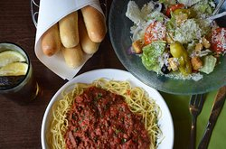 Spaghetti & Meat Sauce with Unlimited Salad