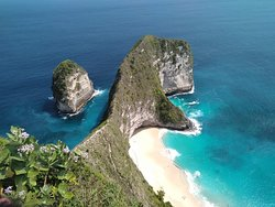 Wisata Nusa Penida dengan salah satu objek bernama kelingking Beach