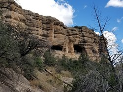 Trail leading to Cliff Dwellings