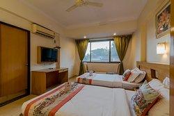 OYO 1152 Hotel Sun Inn