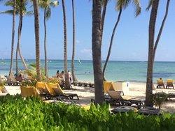 Zona de playa amplia, muy disfrutable todo el entorno..