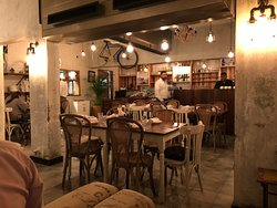 Delicious Food, Great Interior & Courteous Service