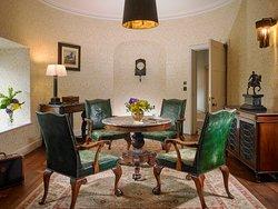 The Farnham Suite