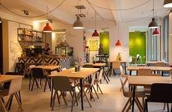 Juni Café In Het Nutshuis, The Hague