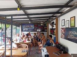 Sathira Cafe & restaurant