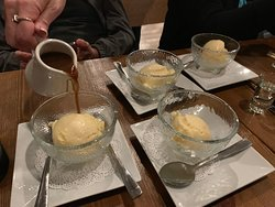 Vanilla Ice Cream with Coffee and Sake sauce