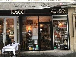 Tasca, 46 Avenue de Suffren, 75015 Paris