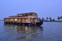 Alleppey Backwater Cruises