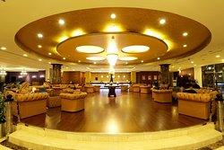 Amazing and Spacious Lobby