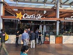imagen Carl's Jr - La Maquinista en Barcelona