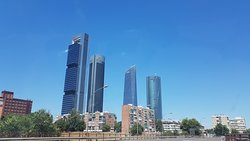 ‪Cuatro Torres Business Area‬