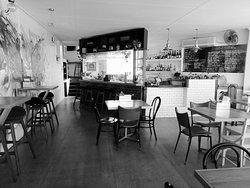 Suburban Social Neighbourhood Bar & Kitchen