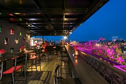 Central View Restaurant & Rooftop