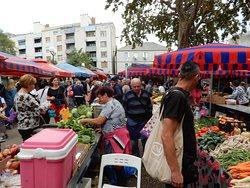 Split Flea Market