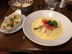 pollo asparagi e prosciutto con patate novelle