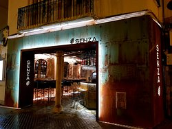 SENZA Cocktail Bar&Restaurant