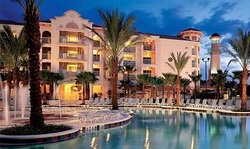 Excelente Resort