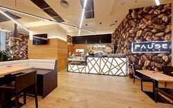 Pause Cafe & Restaurant