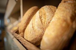 Fresh bread, Nybakt brød.