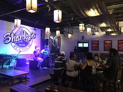 Live music/great atmosphere/best food in Coron
