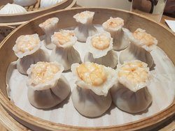 Can't get enough of XLB and Golden Prawn Cake