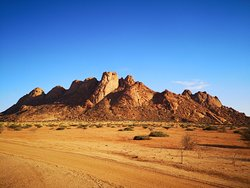 Incredible experience set in the desert with mountains overshadowing