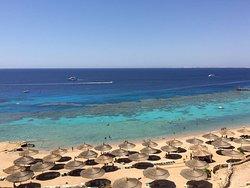 spiaggia del faraana vista dall'hotel