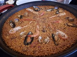 Paella for 4