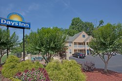 Days Inn by Wyndham Canton