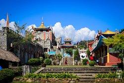 หมู่บ้านศูนย์วัฒนธรรมจีนยูนนาน บ้านสันติชล