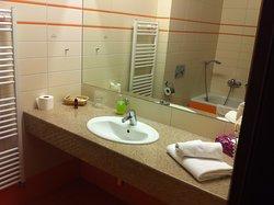 Doskonała lokalizacja, dobry hotel, rozsądne ceny