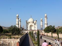 Mausolée Bibi-Ka-Maqbara, modeste réplique du Taj Mahal