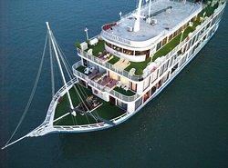 La Pinta Cruise