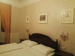 Nice and cosy hotel- great for the price you pay