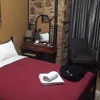 Ionia Rooms