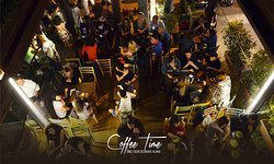 Coffee Time Lounge Bar e Zeppoleria