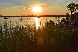 Sonnenuntergang am Starnberger See Strand
