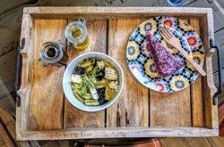 Quinoa Muschel with Mushroomcream sauce and i added olives and Feta Cheese , as a Desert i took The Iris  Housemade Raspberry Nut Cake loooooveeed it