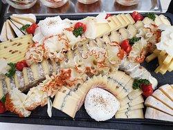 Voici le plateau de fromages qui vous attend tous les dimanches pour notre brunch